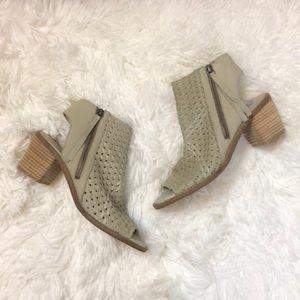 New Sam Edelman open toe side zip booties